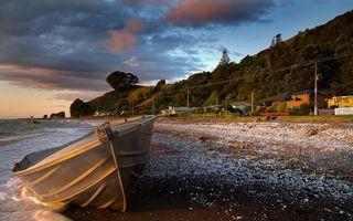 Бесплатные фото море,берег,лодка,дорога,столбы,дома,горы