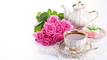 Бесплатные фото розы,розовые,цветы,букет,композиция,белый фон,чайник