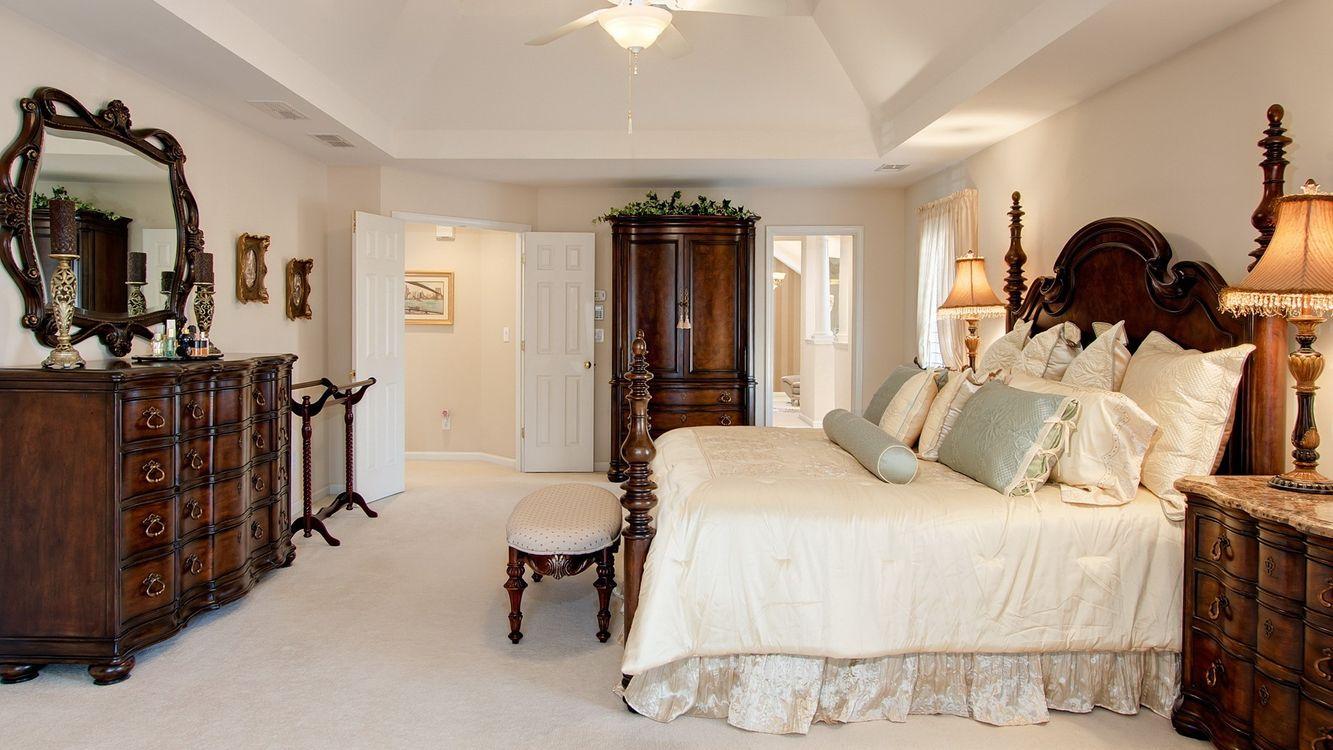 Обои спальня, кровать, комод картинки на телефон