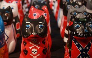 Обои статуэтки, кошки, цветные, узоры, изделия