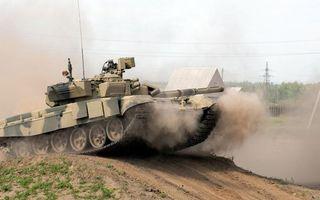 Бесплатные фото танк,гусеница,пушка,антенна,пыль,дорога,песок