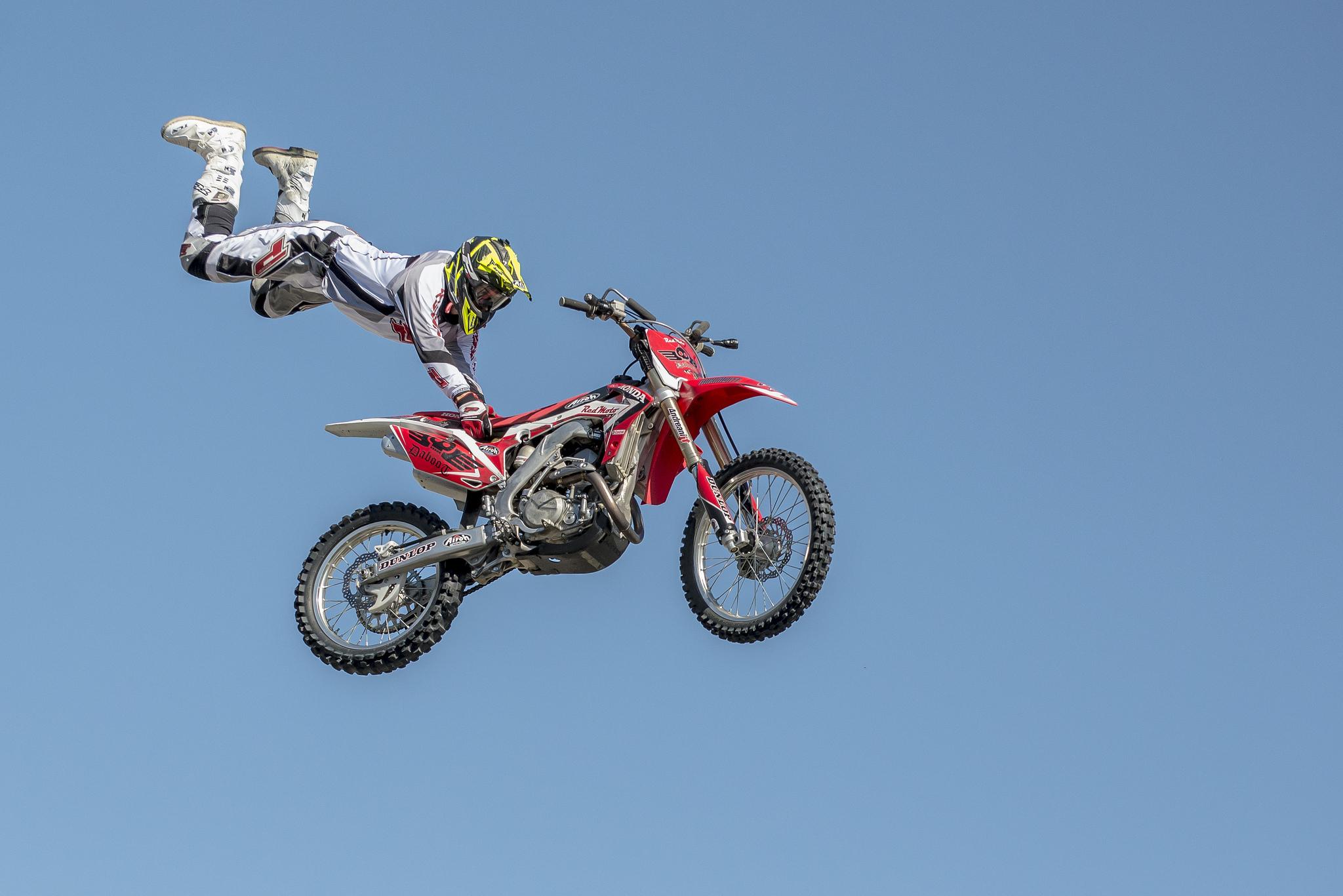 Обои трюк, мотокросс, мотоцикл