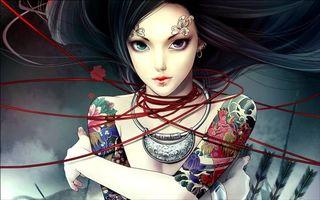 Обои девушка, глаза, разные, разноцветные, тату, татуировка, цветы, перья, волосы, прическа украшения, лицо, руки