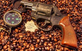 Бесплатные фото пистолет,револьвер,кофе,зерна,карта,компас,оружие