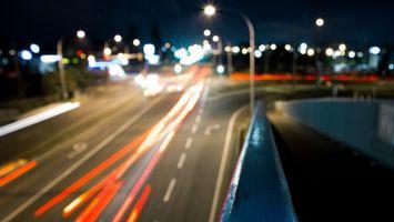 Бесплатные фото вечер,огни,свет,фонари,дорога,асфальт,фото