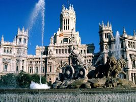 Фото бесплатно здание, скульптура, фонтан