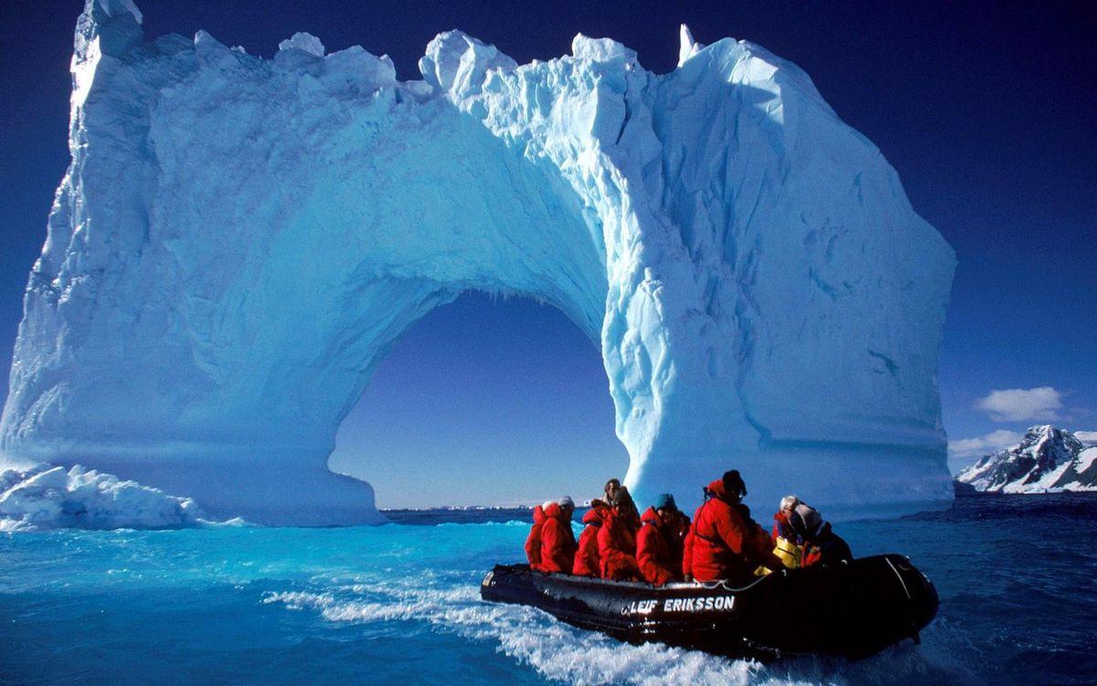 Фото бесплатно ледовитый, океан, льдины, арка, экпидиция, лодка, разное, разное - скачать на рабочий стол