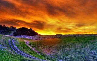 Бесплатные фото закат,солнце,небо,оранжевое,облака,холмы,возвышенности