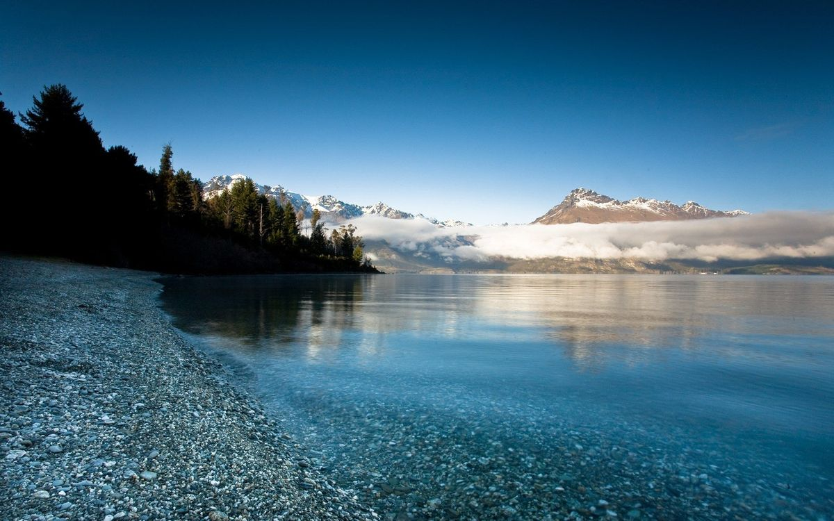Фото бесплатно берег, озеро, камни, деревья, гора, облака, пейзажи, пейзажи