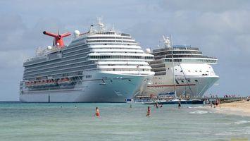 Бесплатные фото корабль,большой,море,волны,пляж,люди,небо