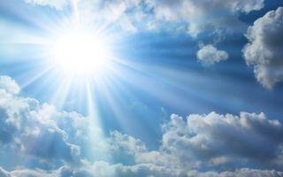 Бесплатные фото небо,голубое,облака,солнце,свет,лучи,природа