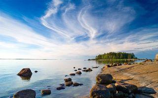 Бесплатные фото река,вода,берег,камни,деревья,отсров,природа