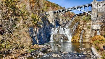 Бесплатные фото река, вода, водопад, мост, горы, деревья, природа