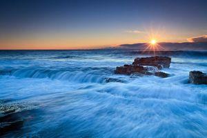 Бесплатные фото закат,море,берег,скалы,волны,пейзаж