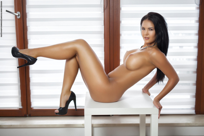 Sexy nude women legs apart, image model fucker virgin