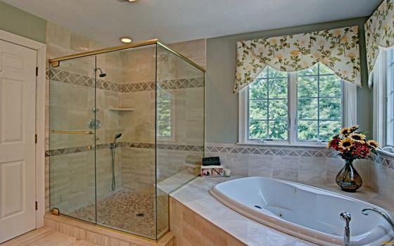 Бесплатные фото ванная комната,дизайн,душевая,стекло,ванная,ваза,цветы,окна