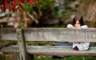 Photo free child, girl, sitting