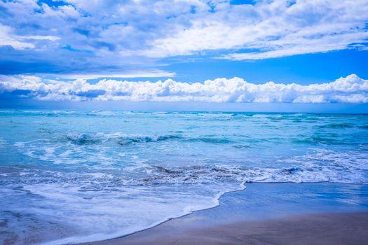 Download wallpaper beach waves