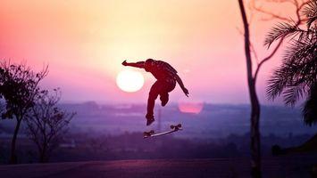 Заставки скейтбордист, дорога, солнце