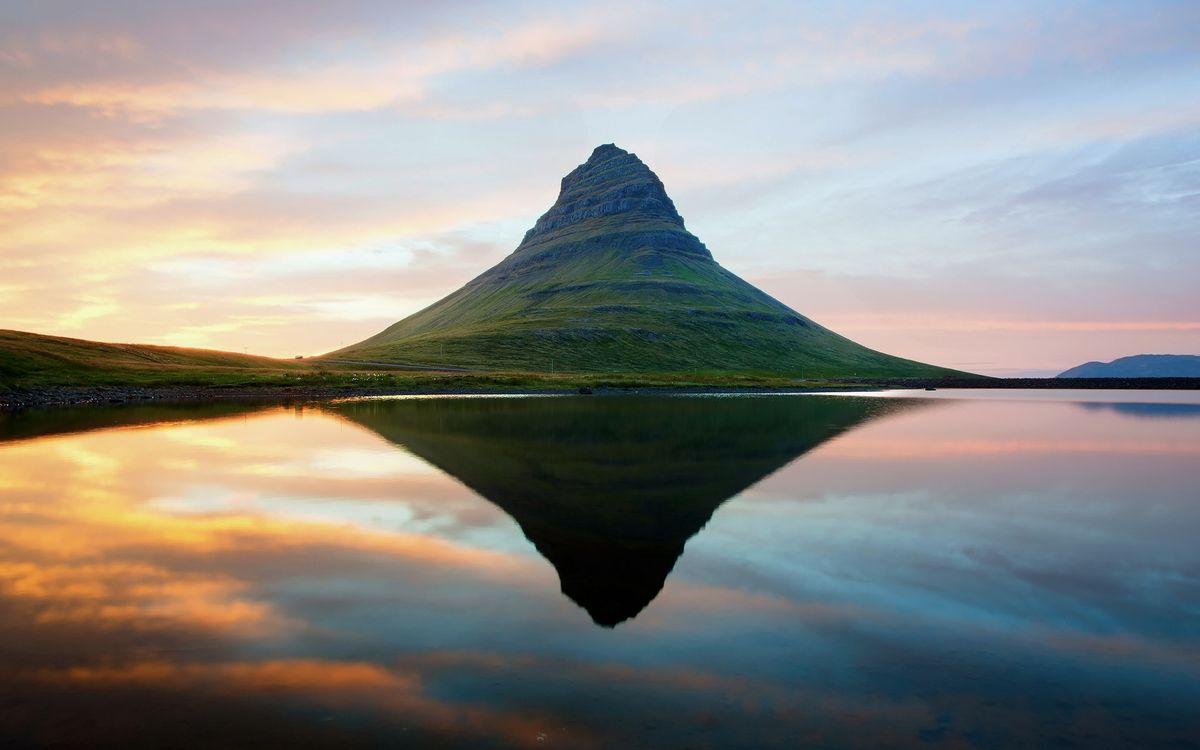 Фото бесплатно озеро, гладь, отражение, гора, небо, облака, пейзажи
