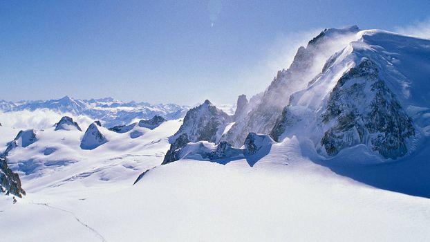 Фото бесплатно горы, вершины, снежные сугробы