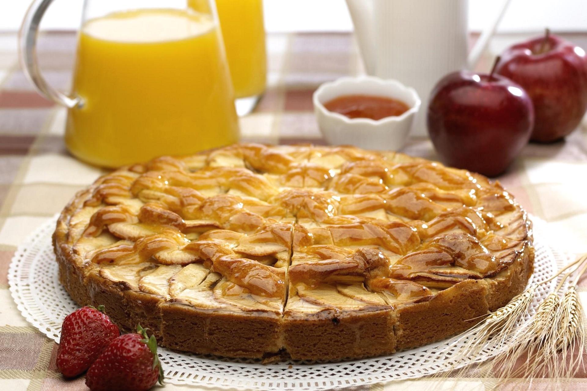 Обои клубника, пирог, яблоки, шарлотка