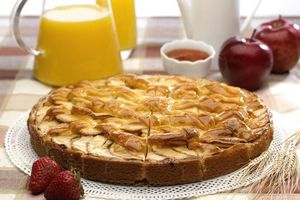 Фото бесплатно клубника, пирог, яблоки