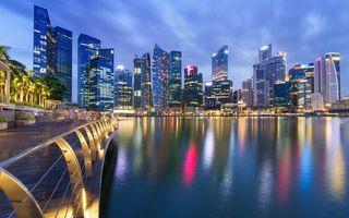 Бесплатные фото небоскребы,ночь,огни,причал,залив,отражение,город
