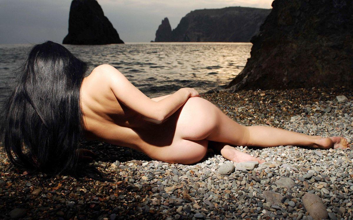 Фото бесплатно rebeca, брюнетка, ню, обнаженная, девушки, сексуальная, amateur, модель, outdoor, beach, sea, эротика, эротика