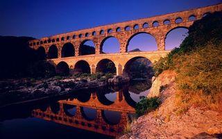 Бесплатные фото вода,река,берег,трава,строение,мост,природа
