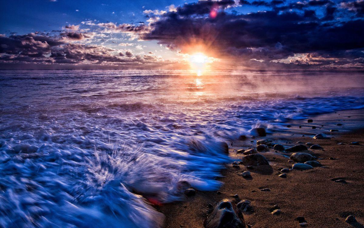 Фото бесплатно берег, песок, камни, море, дымка, волны, горизонт, закат, солнце, небо, облака, пейзажи, пейзажи