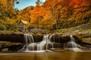 Бесплатные фото Creek Grist Mill,Babcock State Park,West Virginia,осень,река,водопад,мельница