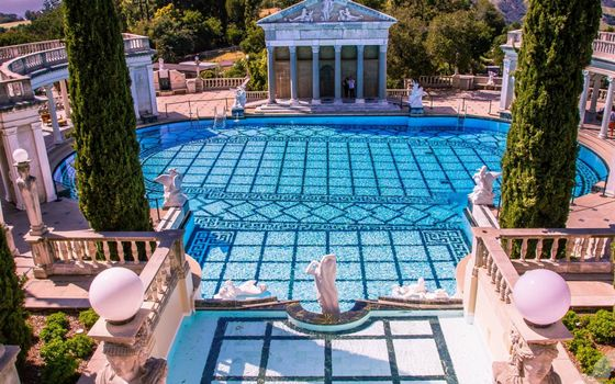 Фото бесплатно двор, бассейн, статуи