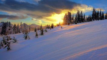 Фото бесплатно снег, склон, закат