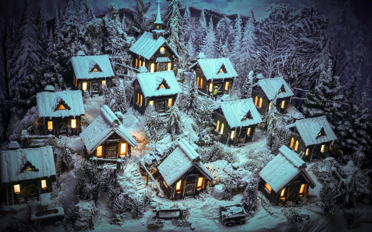 Фото бесплатно снег, зима, лес, деревня, мороз, сугробы, дома, свет, окна, пейзажи, пейзажи
