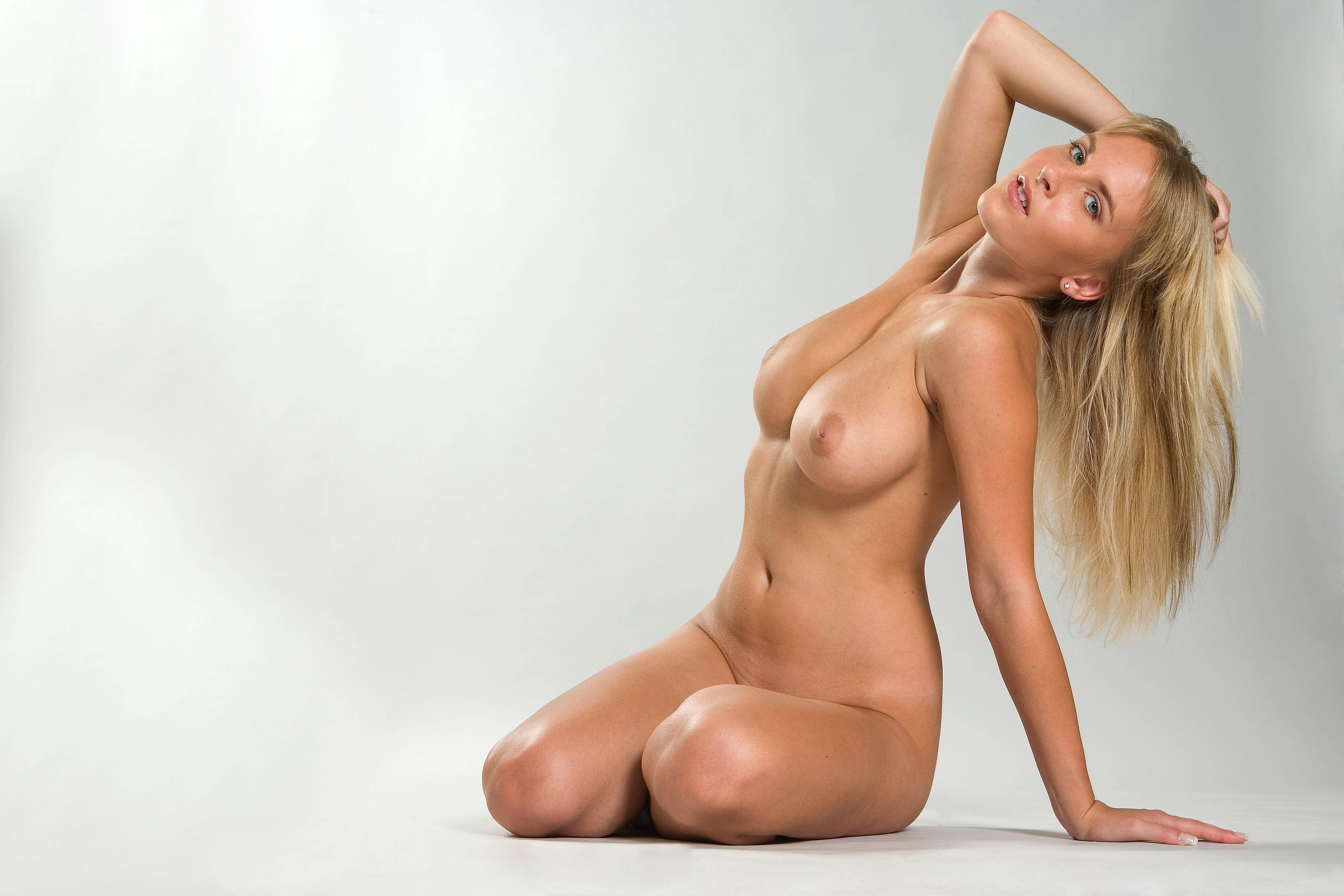 Фото блондинка ню 28 фотография