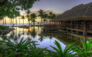 Бесплатные фото бунгало,берег,море,лодка,статуи,пальмы,деревья