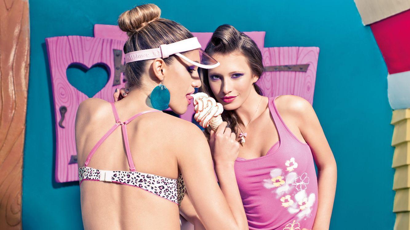 Обои девушки, красотки, макияж картинки на телефон