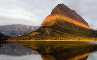 Бесплатные фото гора, высокая, озеро, вода, отражение, лес, деревья