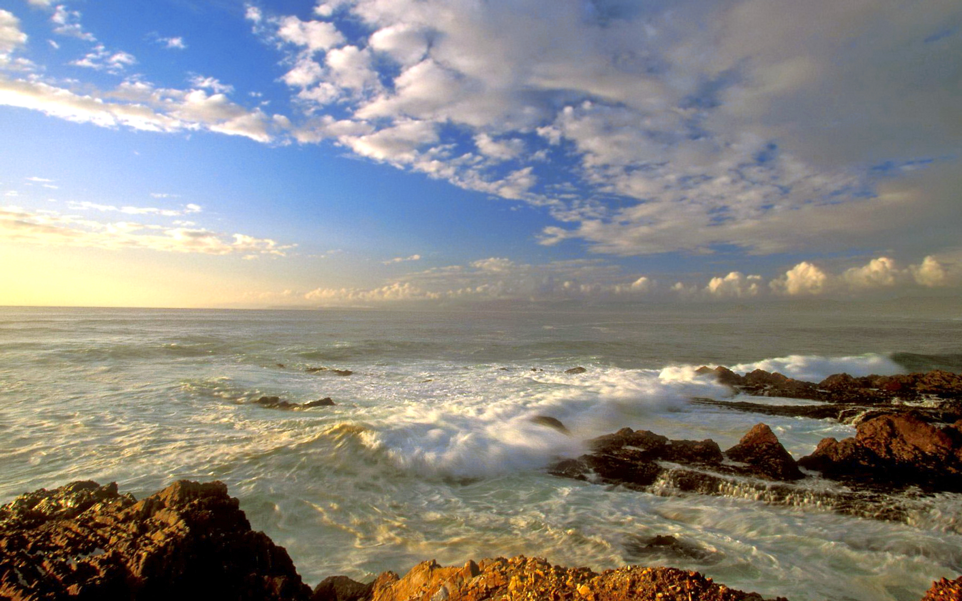 море, волны, скалы