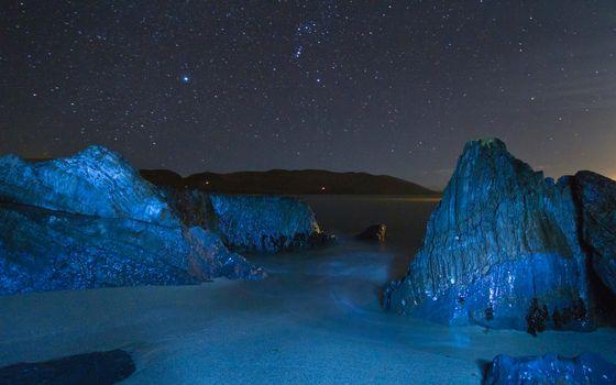 Бесплатные фото ночь,берег,камни,природа