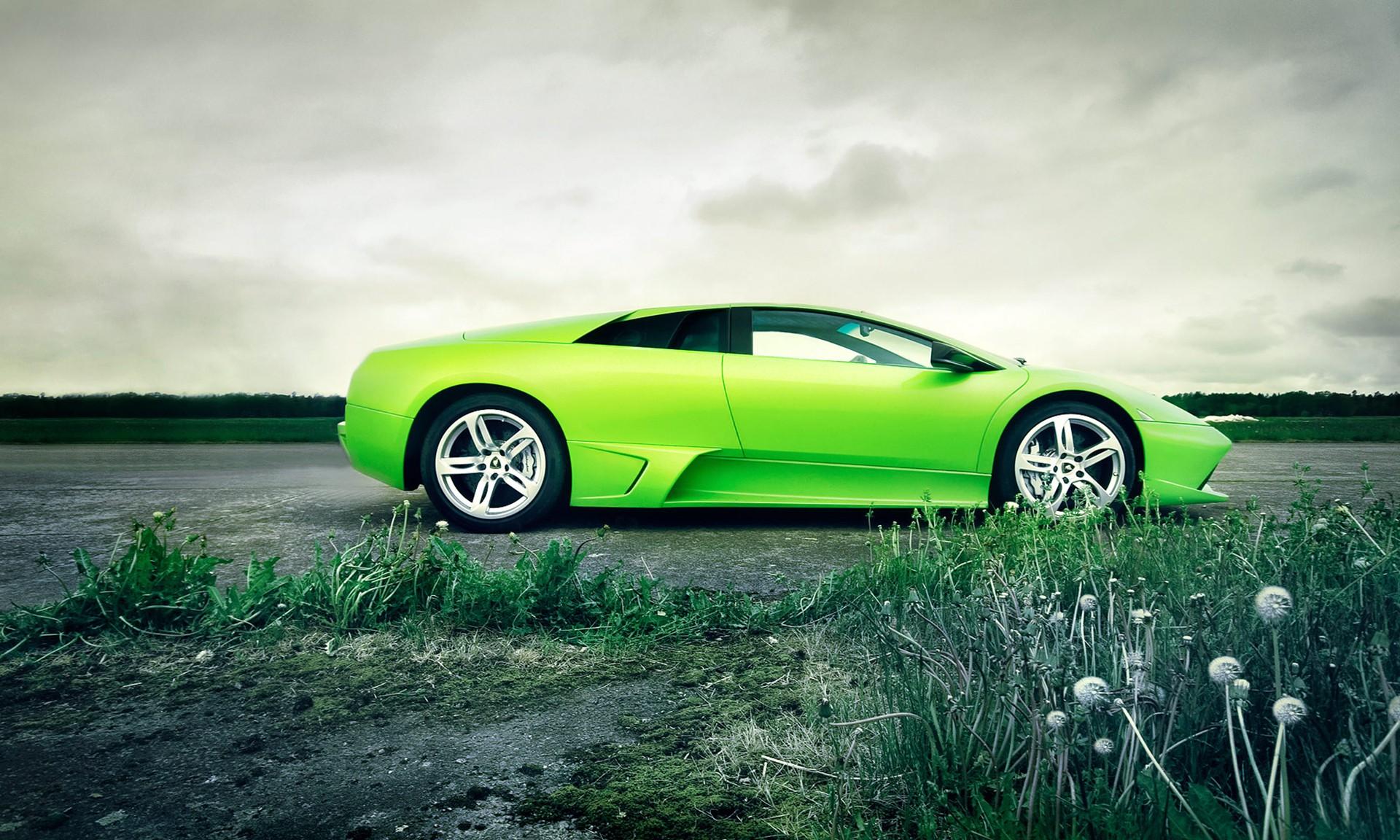 спортивный зеленый автомобиль Lamborghini  № 2996253 загрузить