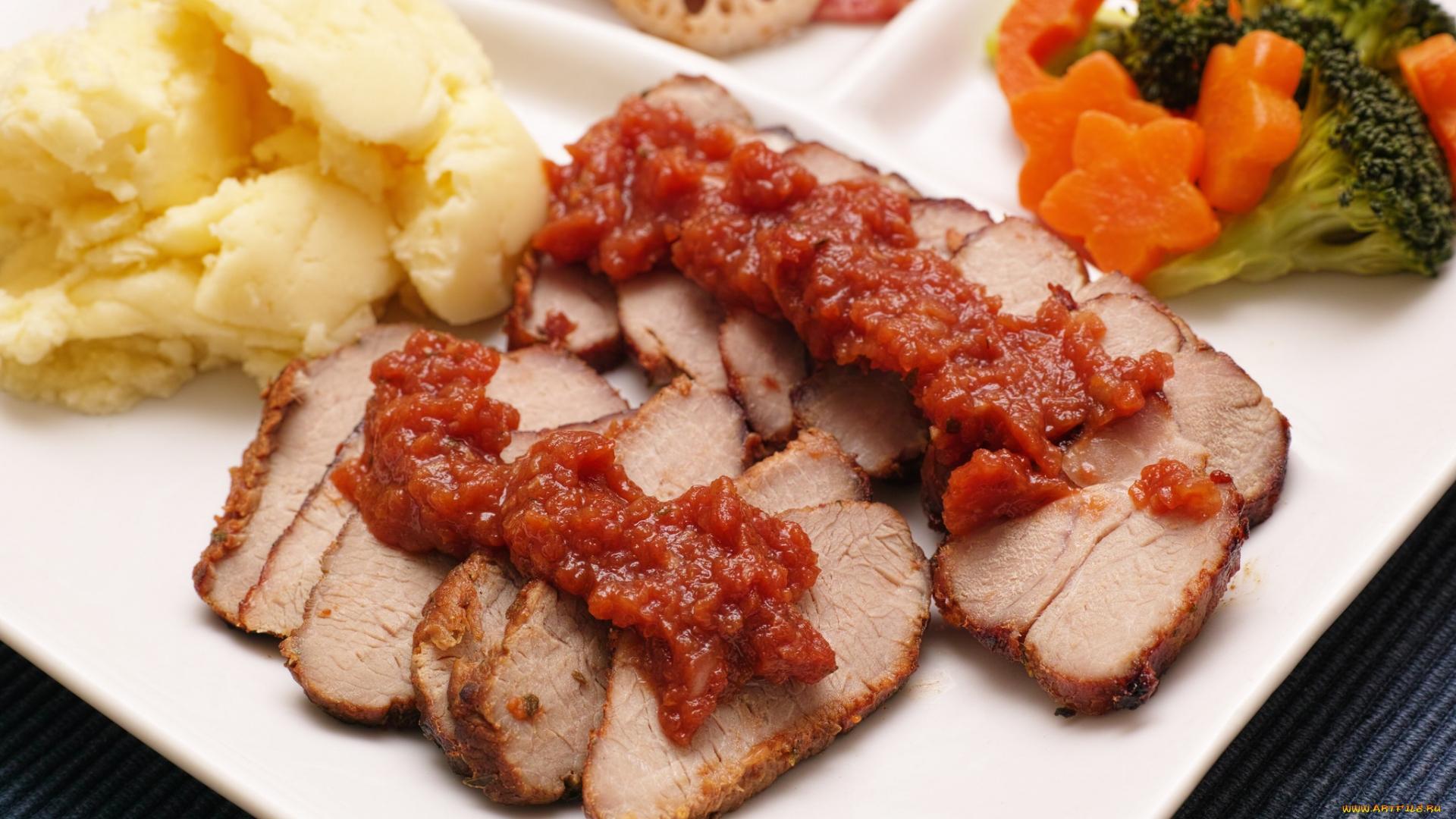 мясо, жаренное, картошка