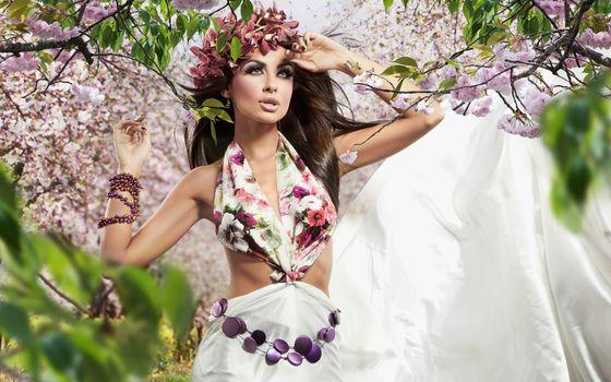 Бесплатные фото платье,браслет,венок,глаза,губы,сад,цветет,девушки