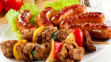 Фото бесплатно шашлык, сосиски, салат, блюдо, мясо, томат, еда