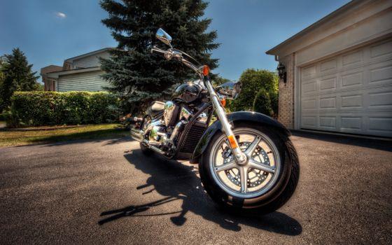 Бесплатные фото чоппер,колесо,вилка,руль,зеркала,фара,гараж,мотоциклы