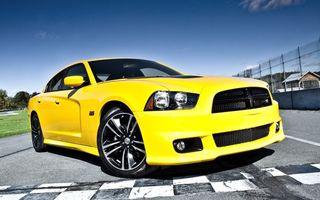 Бесплатные фото dodge, жёлтый, дорога, машины