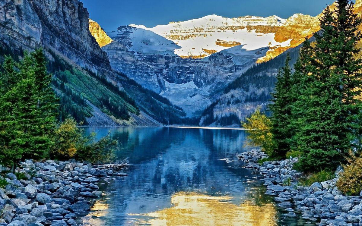 Фото бесплатно горы, небо, голубое, отражение, озеро, вода, снег, мороз, холод, лес, деревья, елки, природа, природа