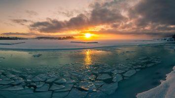 Фото бесплатно небо, облака, солнце, закат, лучи, свет, море, океан, снег, лед, пейзажи