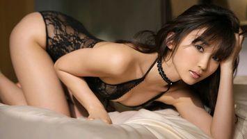 Заставки risa yoshiki, риса йошики, японка, модель, брюнетка, белье, постель, девушки